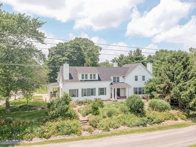 2263 Triad Road in St. Jacob