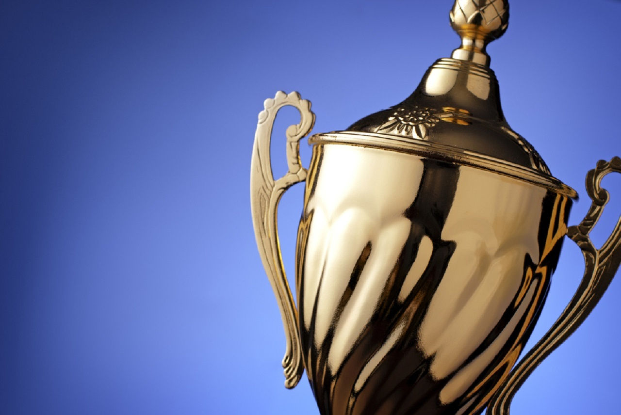 Trophy award 1280