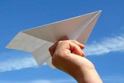 Medium paperairplane