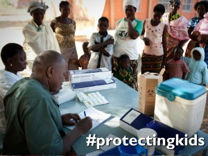 Protect vaccinators to eradicate polio