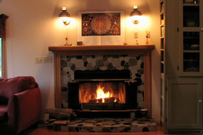 It's almost time for cozy fires, so the right firewood should be prepared now.
