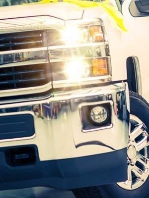 Large truck grille