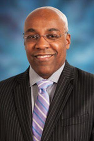 Sen. Kwame Raoul (D-Chicago)