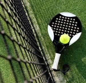 Medium paddle tennis paddle