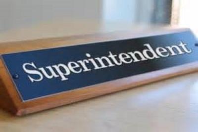 Medium superintendent