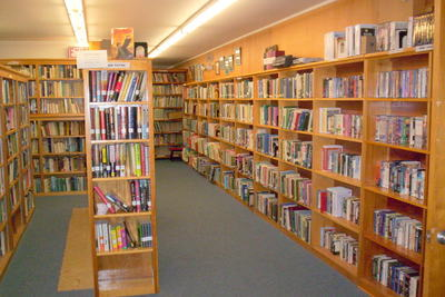 Medium library 02