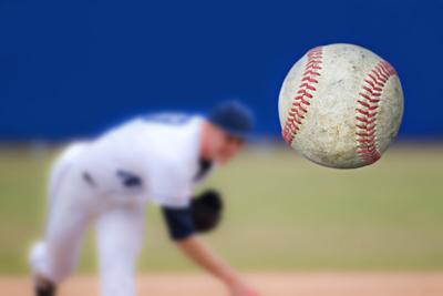 Medium baseballpitcher1000