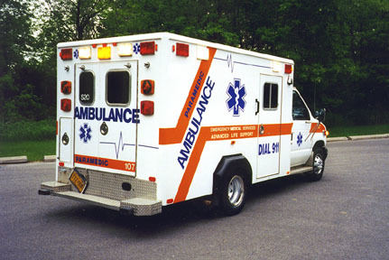 Ford e350 ambulance2