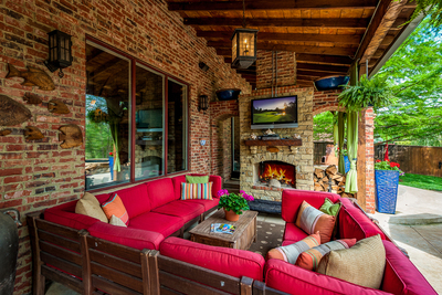 Convert your outdoor space into the perfect spot for fall relaxation.