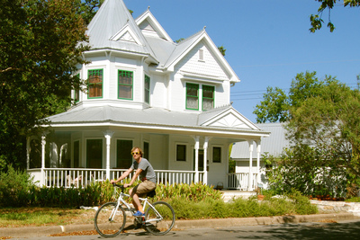 There is a wide variety of architectural styles in Hyde Park.
