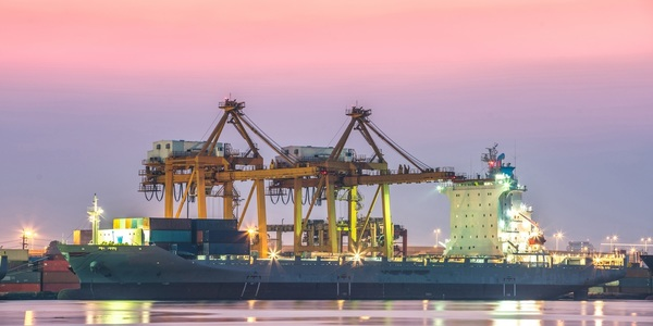 Large cargo ship 02
