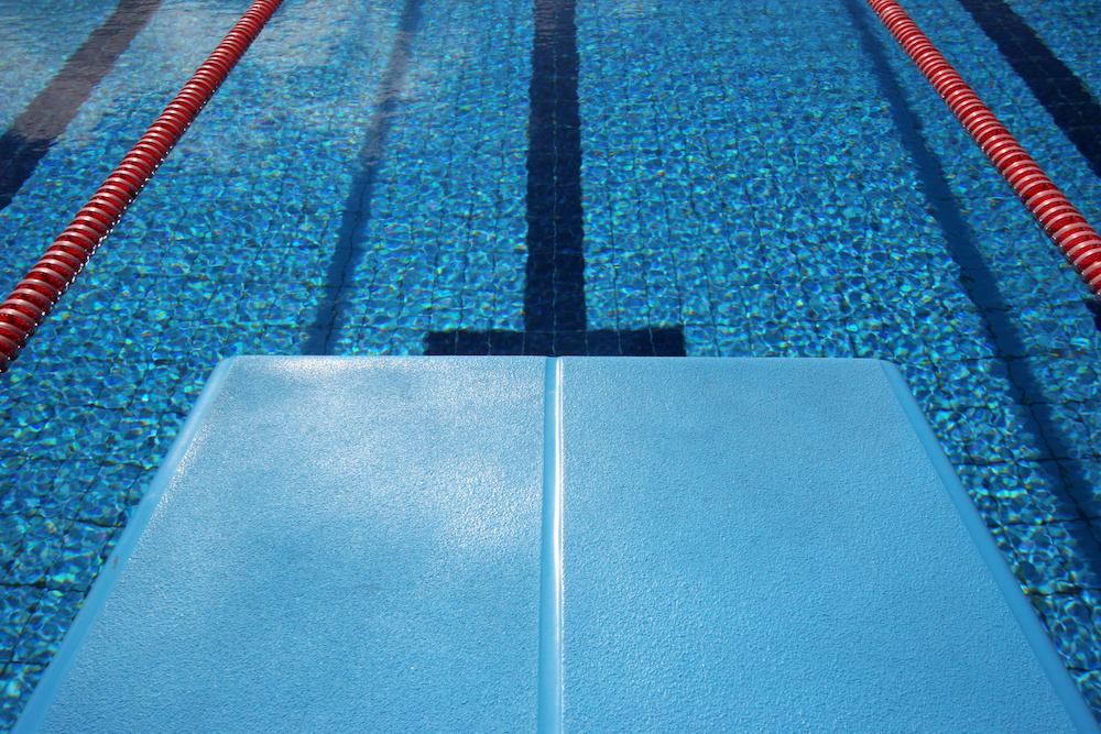 Maine West diver sets new record.