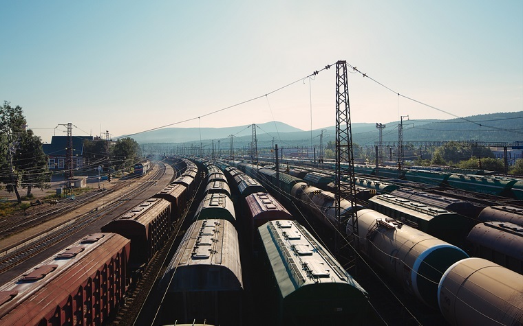 Association of American Railroads releases weekly rail traffic report.