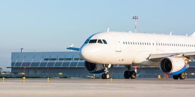 Medium airplane447