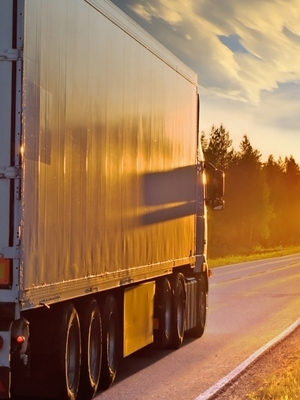 Owner-operators who are independent contractors should have their business name and business address on their trucks as required by law.