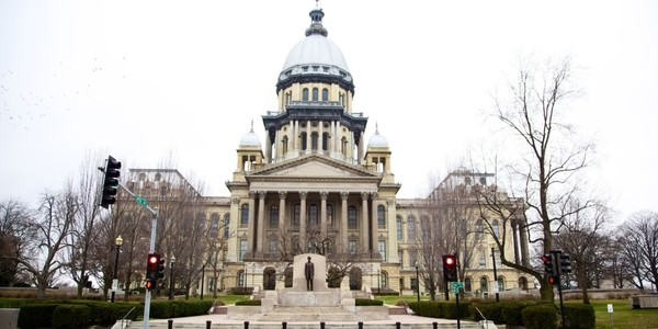 Large illinois capitol building