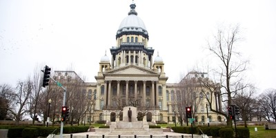 Medium illinois capitol building