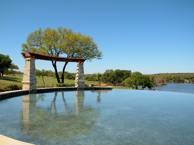 Infinity pools and more await Avery Ranch residents.