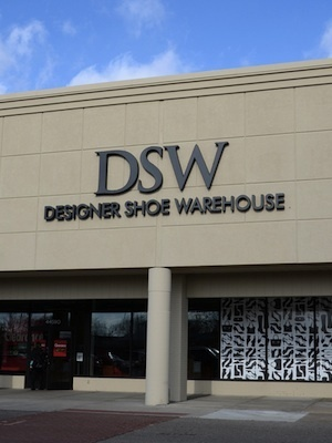 DSW Shoe Warehouse for allegedly mislabeling its discounts for shoes comparing its prices to other retail prices.