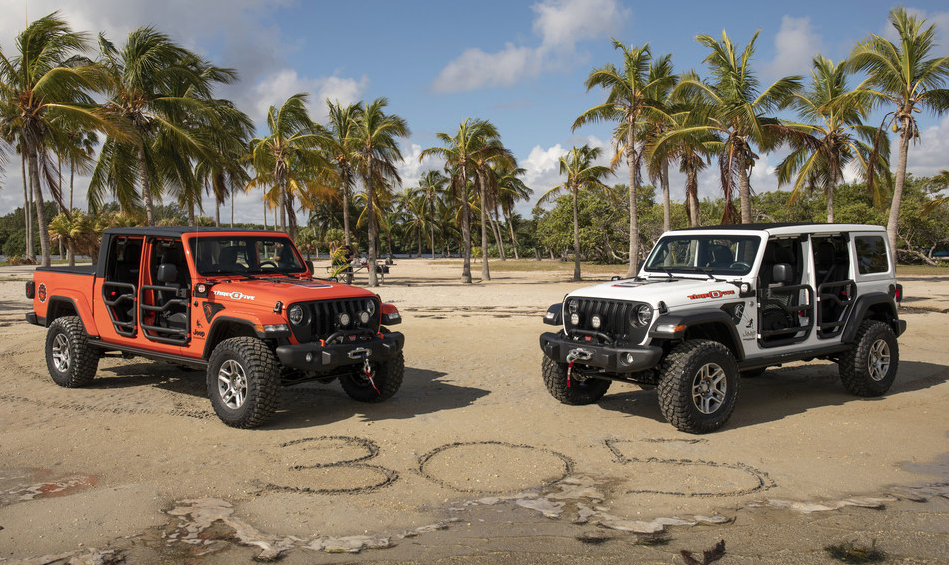 FCA's new Jeep Wrangler and Gladiator 305 Edition models