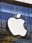 New Jersey customer accuses Apple of illegal terms, conditions