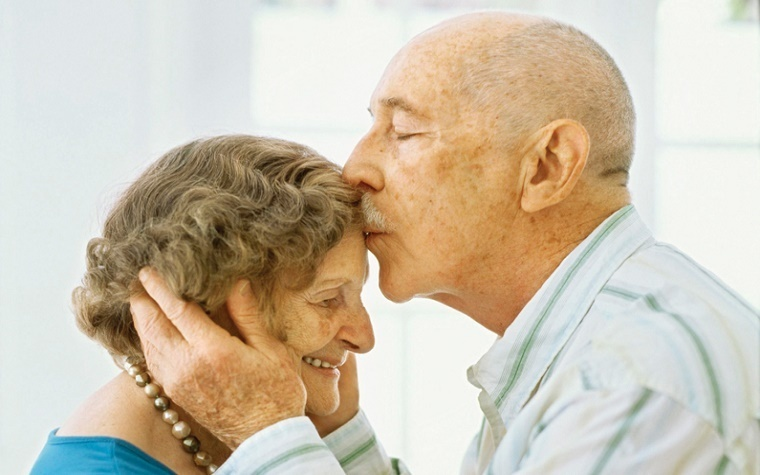 An estimated 25 million people worldwide suffer from Alzheimer's.