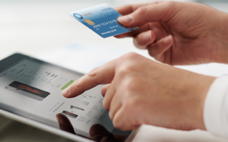 Qatar Islamic Bank makes it possible for consumers to use debit cards for online purchases