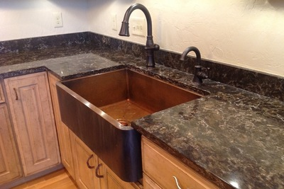 The traditional farmhouse sink is known for its extended apron and large tub.