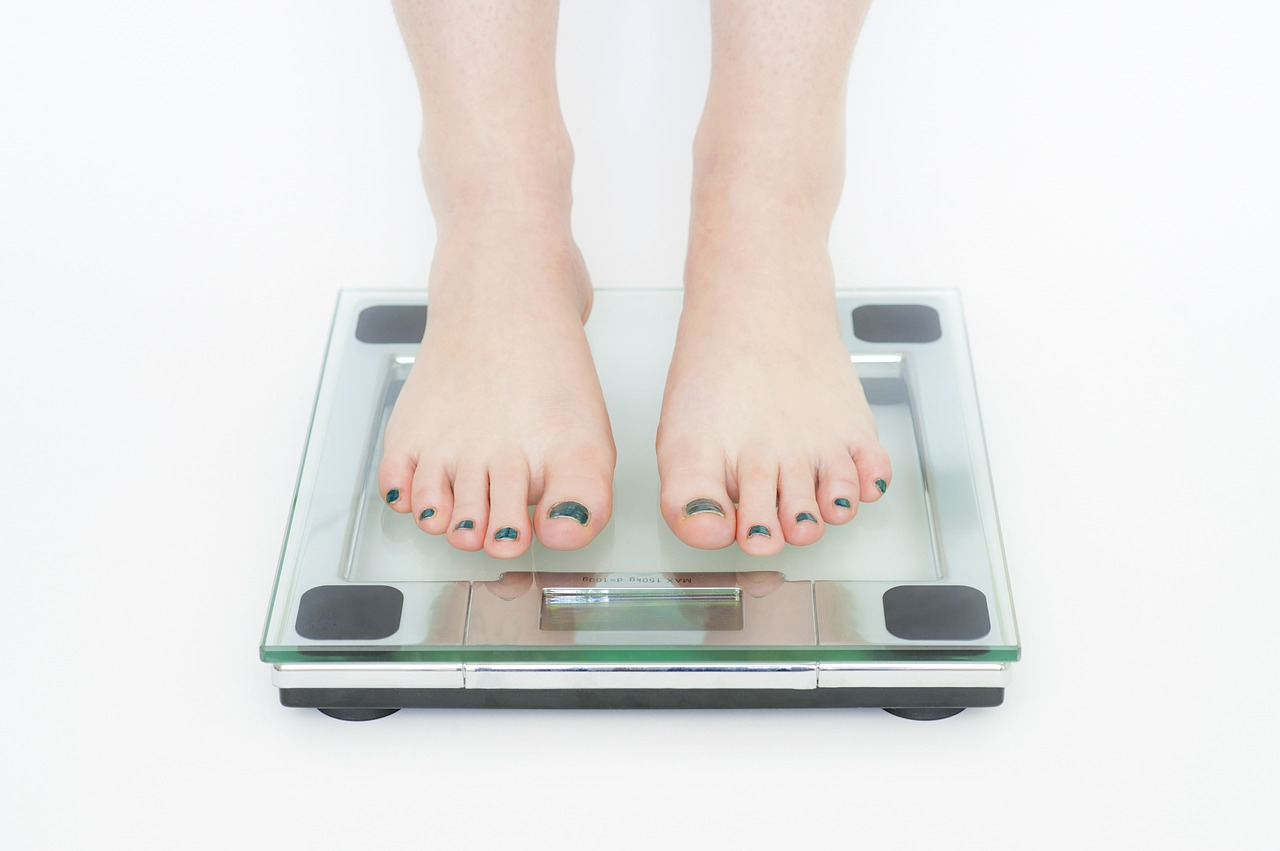 Cosmetic surgery is not a substitute for proper weight loss. While it is great for spot reducing stubborn areas of fat, it is not meant to be a weight-loss solution.