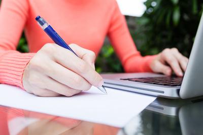 Medium shutterstock woman writer