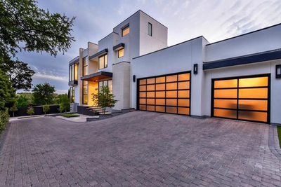 Contemporary dream home in Rollingwood | Austin Homes