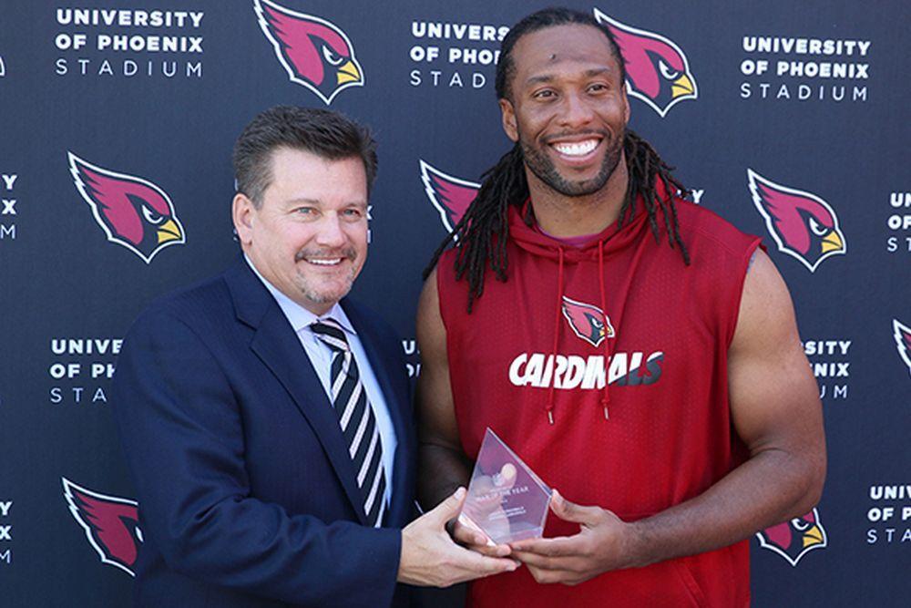 Fitzgerald wins Cardinals' Walter Payton Man of the Year award