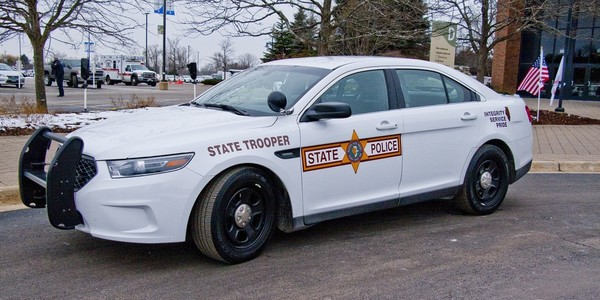 Large illinois state police squad