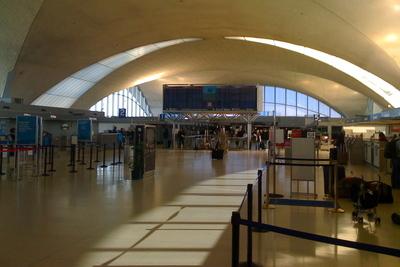 Medium lambert st. louis international airport(1000)