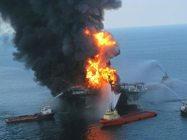 Large 800px deepwater horizon offshore drilling unit on fire 2010