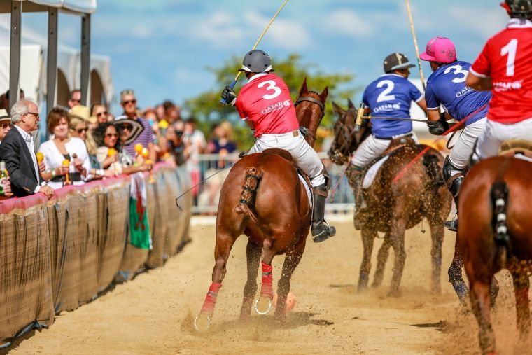 Qatar Airways sponsors international Chicago Beach Polo Cup
