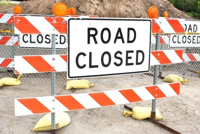 Medium roadclosed