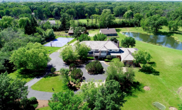 Brian Urlacher's home at 15044 W. Little Saint Mary's in Mettawa is on the market for $2.596 million.