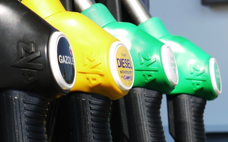 The Jacksonville District No. 117 Board of Education will meet Wednesday to extend the diesel fuel contract.