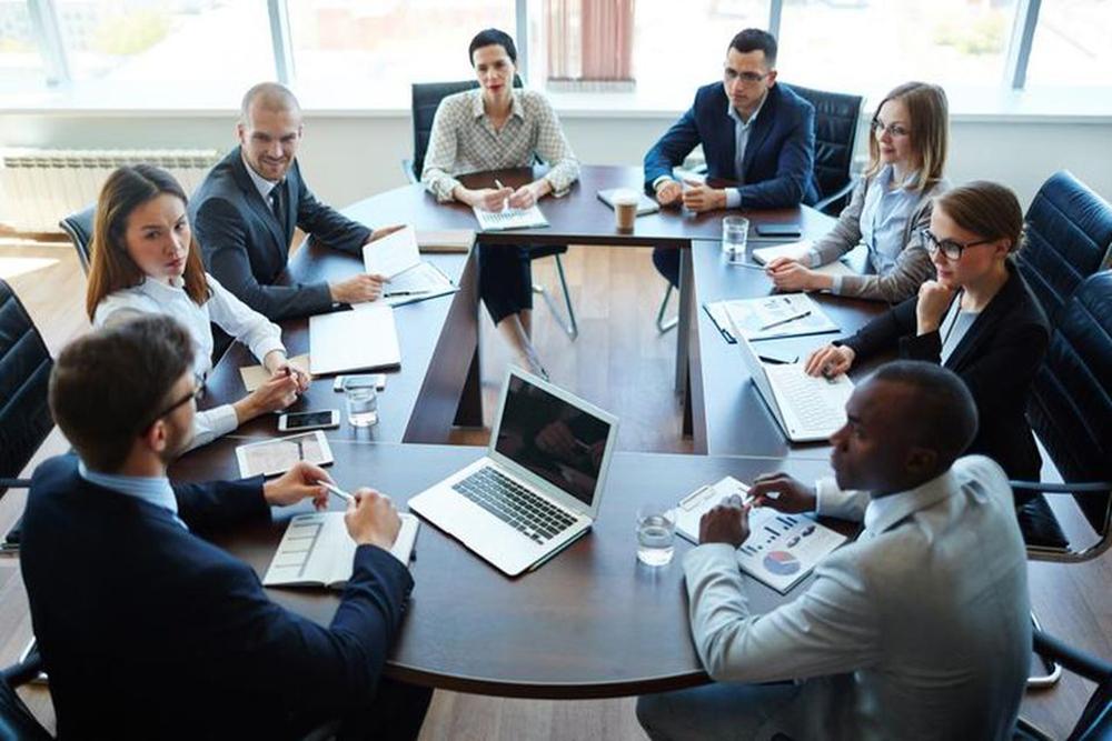 Https   blogs images forbes com chuckcohn files 2017 05 internal business meeting