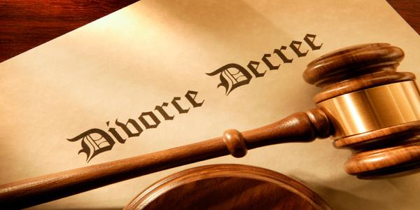 Large divorce mallet