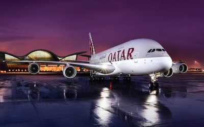 Qatar Airways displayed five aircraft at the Paris Air Show last week.