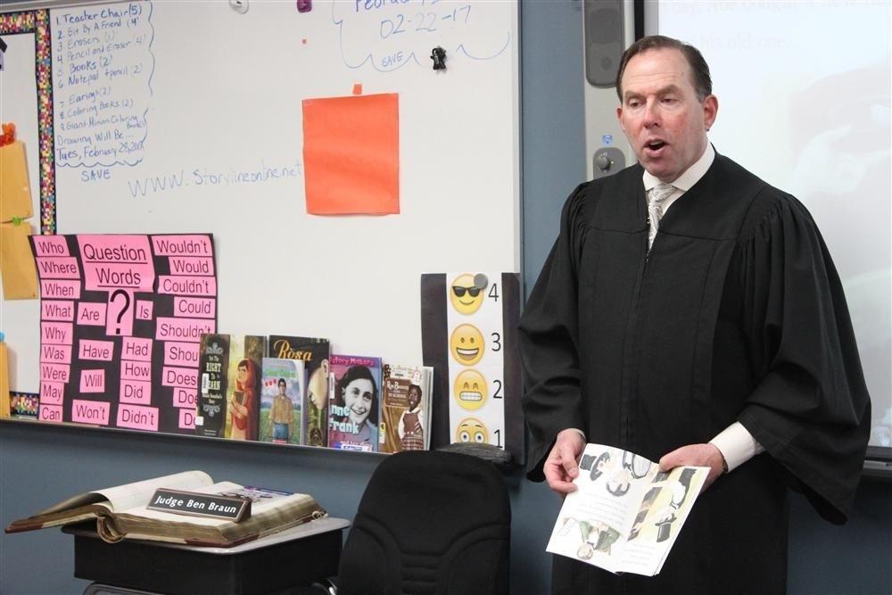 Judge Ben Braun visiting Valley View School District