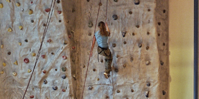 Medium rockclimbingwall1280x640