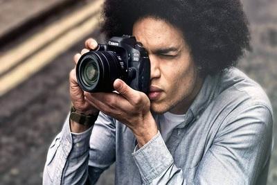 Medium camera