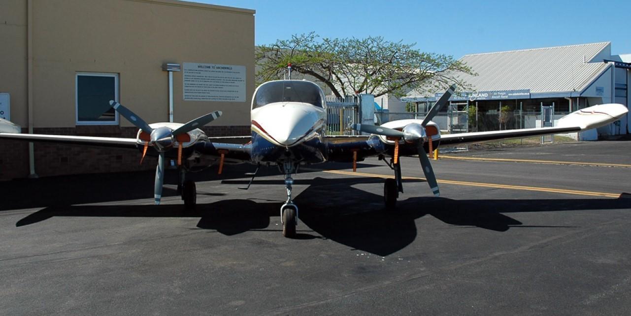 Cessna 310 1280