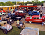 Hot Rod Night at Top Notch Hamburgers is one of the most regularly attended cruise-ins in Austin.