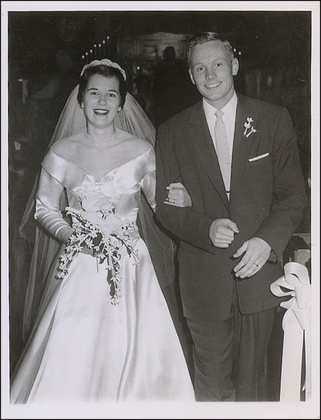 Neil Armstrong marries Janet Elizabeth Shearon