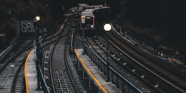 Large railroad train 1280