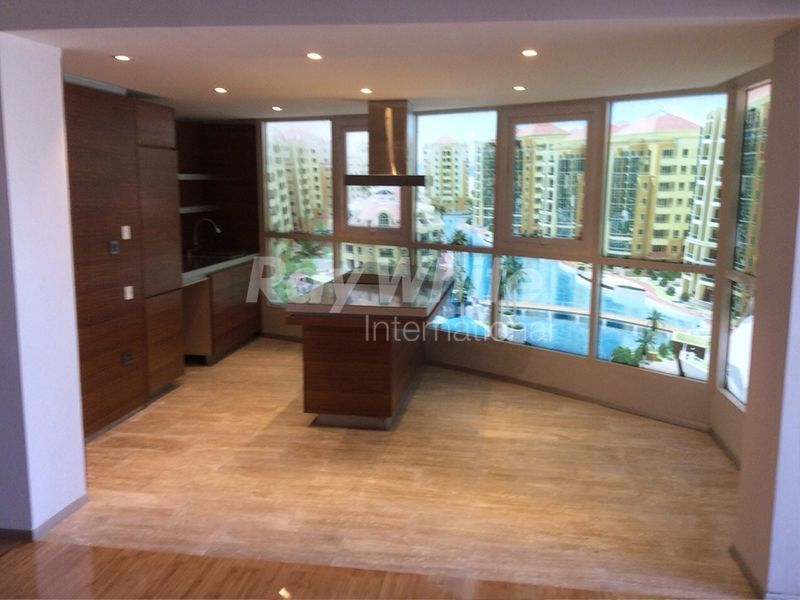 A studio apartment is available in the Dubai Lagoon complex.